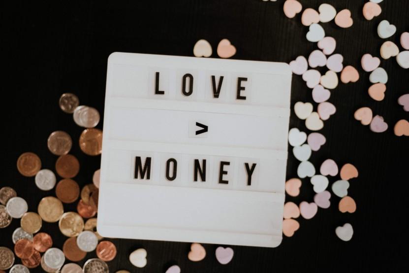 love-id-more-than-money