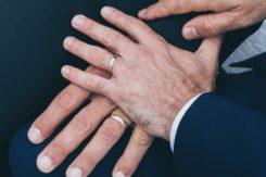 【50代女性の婚活】バツイチ、再婚、子供ありでも結婚できる!?理想と現実のギャップを埋める成婚術とは?|名古屋の結婚相談所プリヴェール